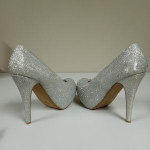 Delicacy Silver Glitter heels